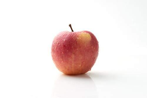 励志故事:一个苹果带来的成功