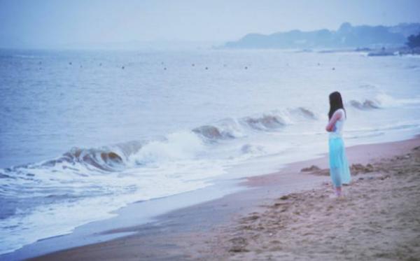 情感故事:一个人的旅行