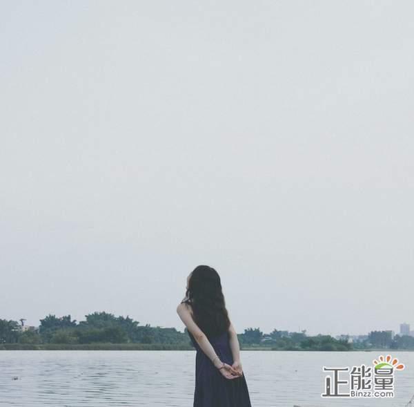 一个人情感文章欣赏:人生路上,一个独行