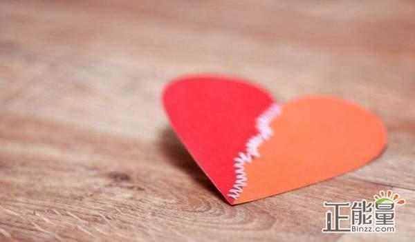 朋友圈经典看开爱情的句子:人只要不放弃自己,终归是上升的过程
