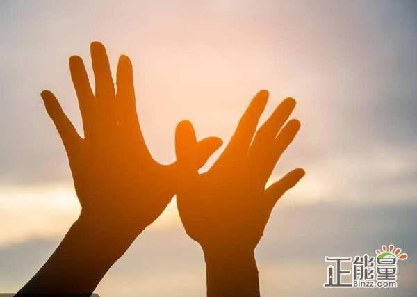 励志语录关于奋斗青春的句子:明天你好
