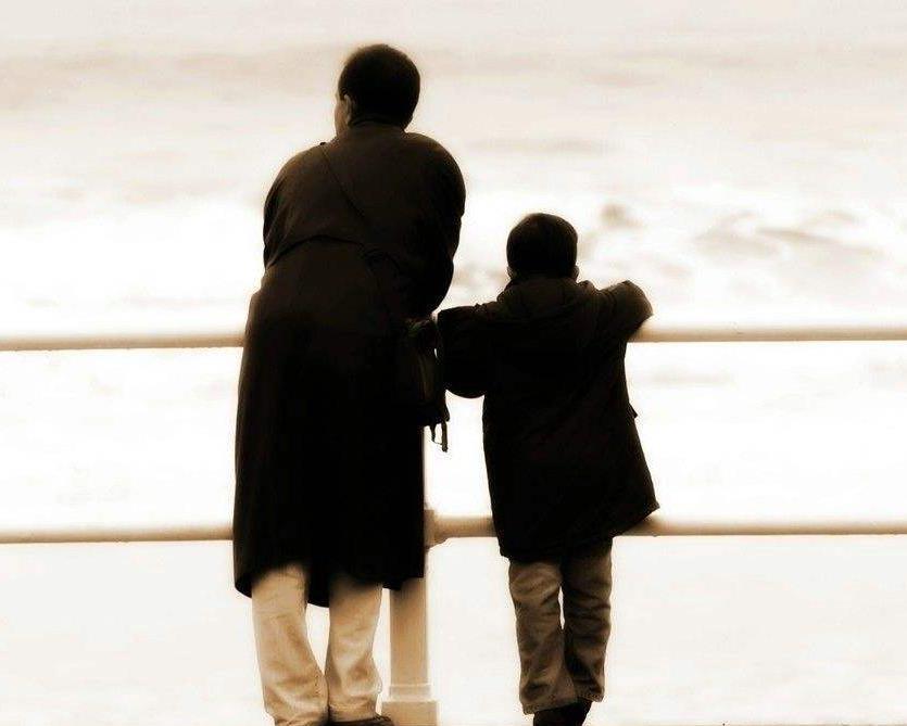 亲情的句子说说心情致父母:有一种幸福叫,在家里无聊