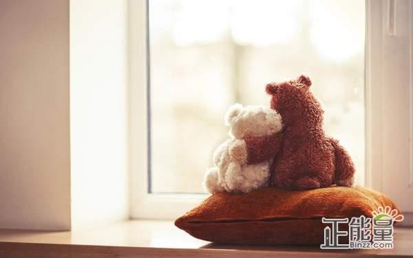 爱情故事文章欣赏:喜欢和爱是一件很美好的事情