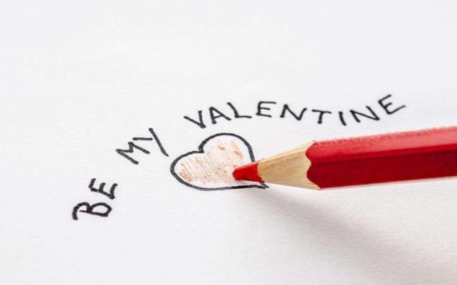 关于爱情的说说简短:只要是爱情,多迟都没关系。