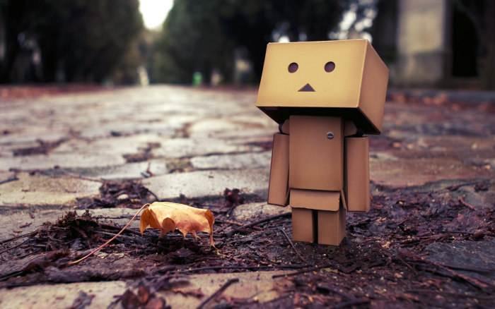 放弃爱情的伤感难过说说:时间长了感情就淡了,缘分就尽了