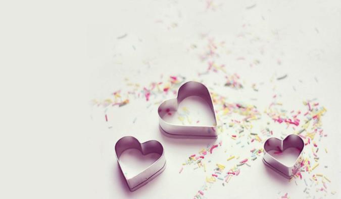 经典爱情人生哲理:相恋看三官,相守看三观。