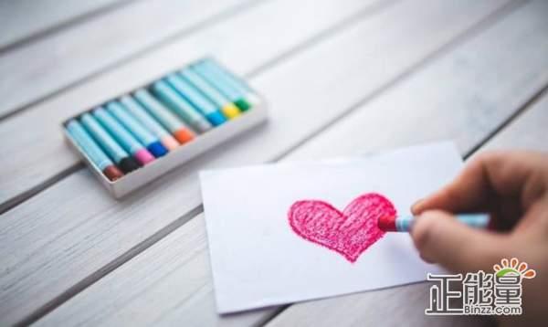 感悟爱情人生的经典句子:曾经的我很傻为你所动,但是你不懂我会慢慢放下