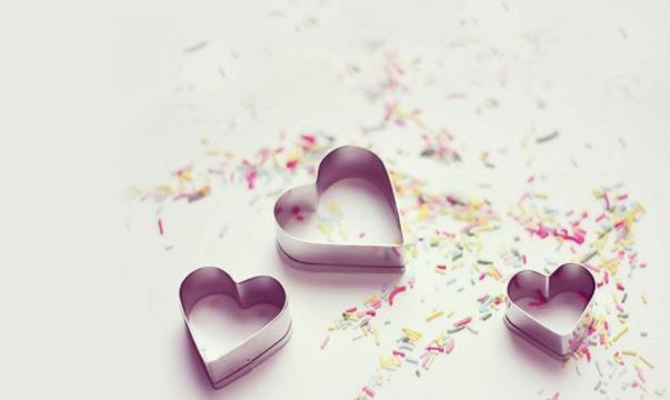 分手后感悟愛情的經典說說:有了事業,也或許會遇到更好的愛情吧