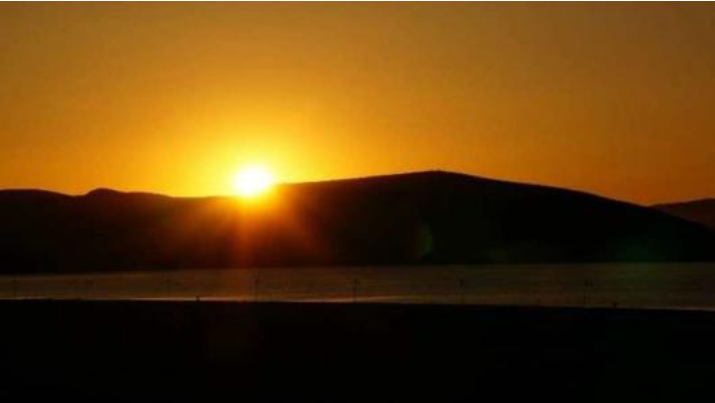 睡前心灵鸡汤语录:走向下一个夏季。