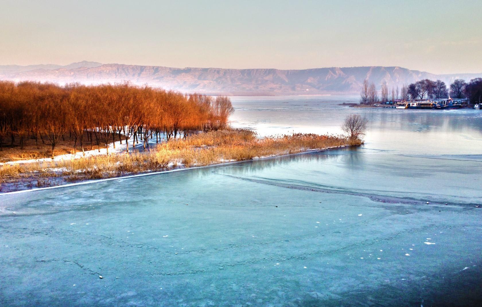 关于黄河岸边的散文欣赏