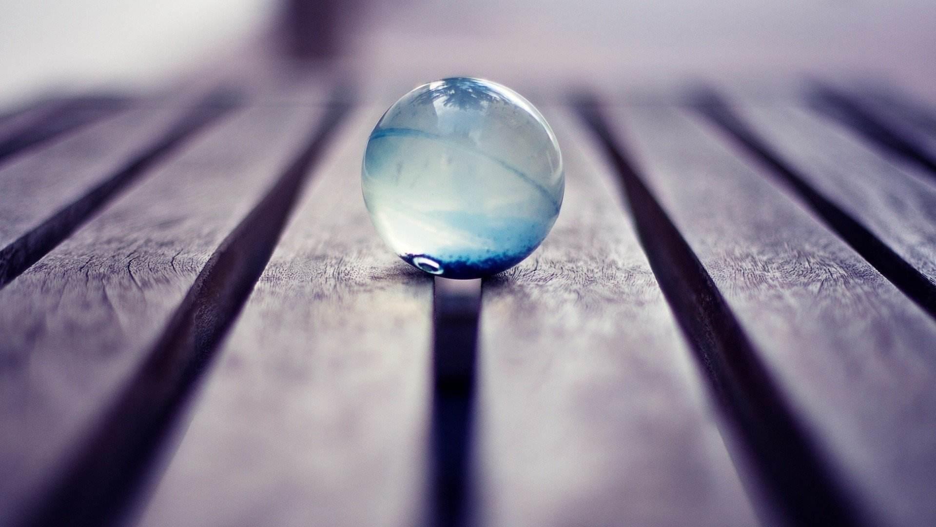 生活态度语录人生感悟说说:我不喜欢现在的状态,所以就拼吧