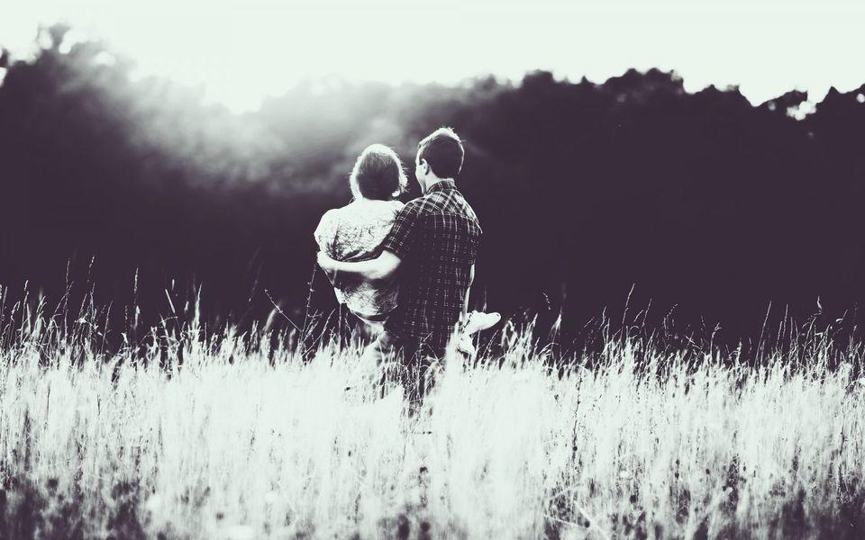 找到幸福的情感说说语录:希望每个人都会遇到对的那个人