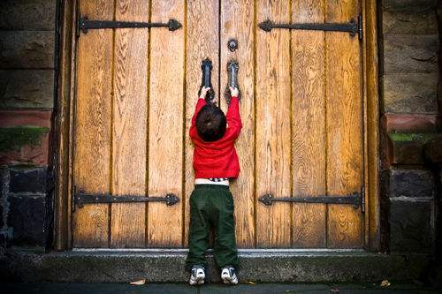 情感美文感悟人生:叩响人生的大门