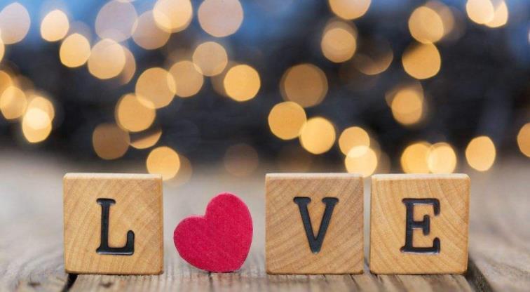 送给对象的很甜很撩的情话句子:这辈子都会爱你,爱情一直存在