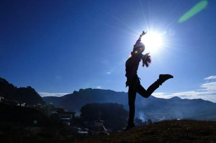 为梦想逆光飞翔的人生哲理正能量说说集锦