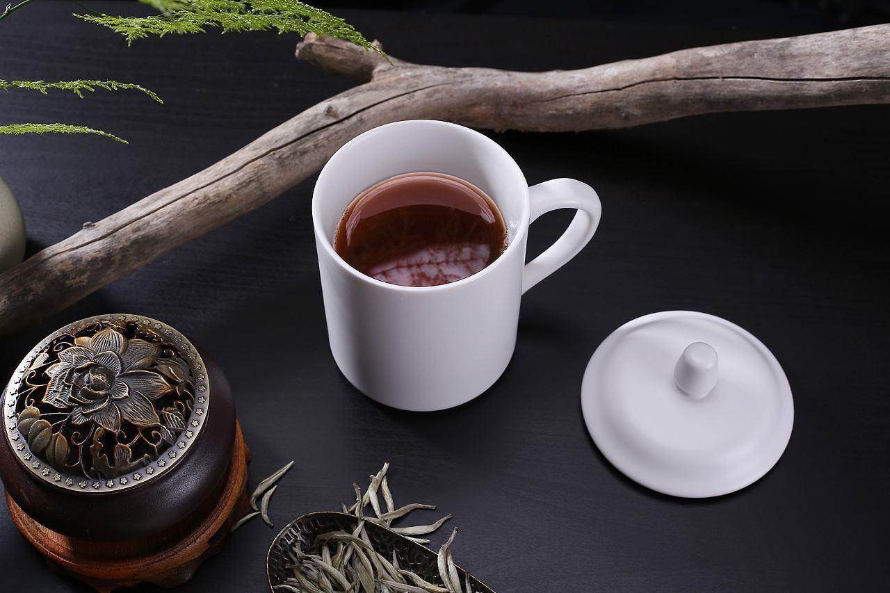 关于茶的随笔散文:喝一杯高山生态茶,静的是整个世界