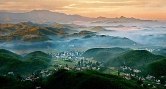 关于乡村的优美抒情散文:人间四月天的村庄