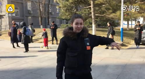 表演专业327选1,中传考生现场飙舞