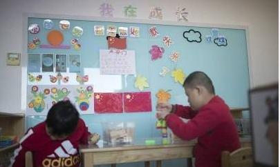 民政部:儿童福利院8岁以上儿童按性别分区生活,女童由女性工作人员照料