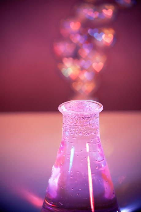 相濡以沫爱情唯美句子图片_相濡以沫的唯美爱情短句子致自己的爱情