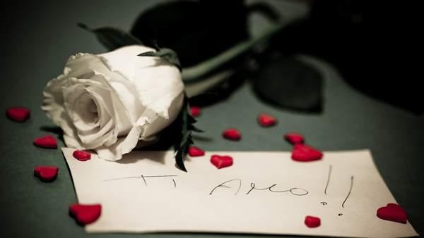午夜夢回潸然淚下詩句_讓人潸然淚下的悼亡古詩句精選