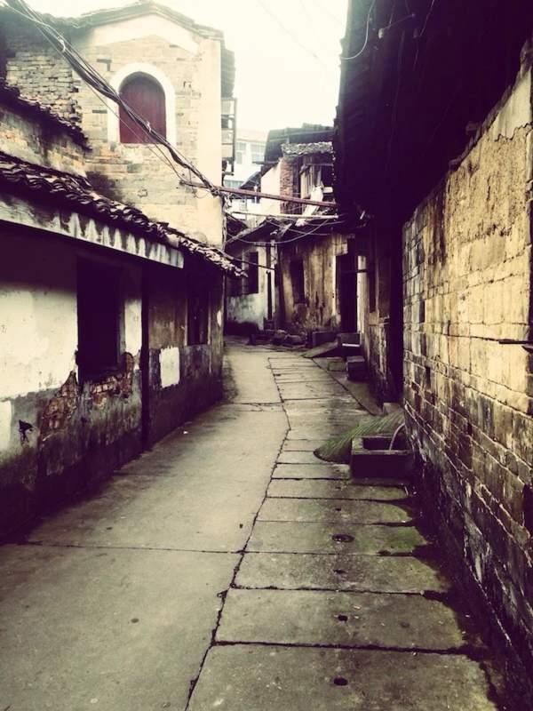 [记忆中的街道 百度影音]记忆中的街道