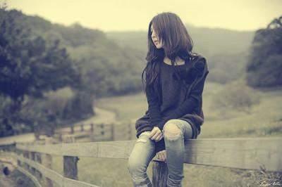 一个人心痛的伤感句子说说大全