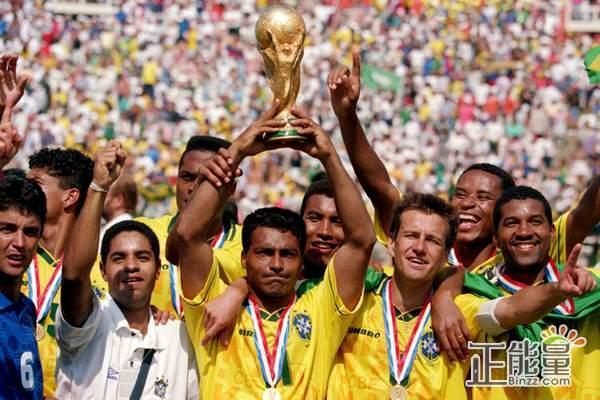 2002年南美解放者杯的冠军是  A.奥林匹亚队  B.博卡青年队  C.河床队