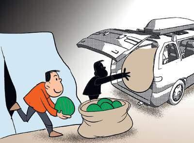 货车为了防止货物被盗,驾驶员需要做到()A.合理装载、苫盖严实