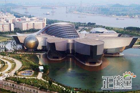 广东作为我国第一经济大省,经济体系的构成要素比较健全,建设现代化