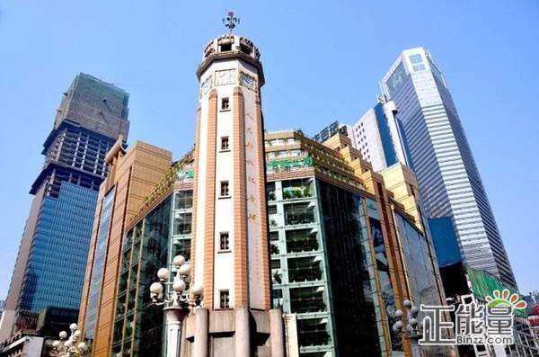 解放碑上的钟,是劳力士送的?   重庆人城会玩端午答题