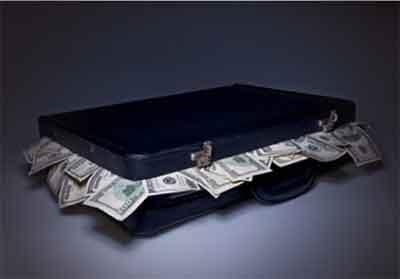 下列()属于商业银行筹集短期资金的方式。A.回购协议B.向中央银行融通资金