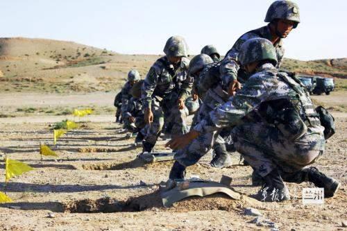 从实战需要出发从难从严训练,必须(),才能使训练最大限度贴近实战