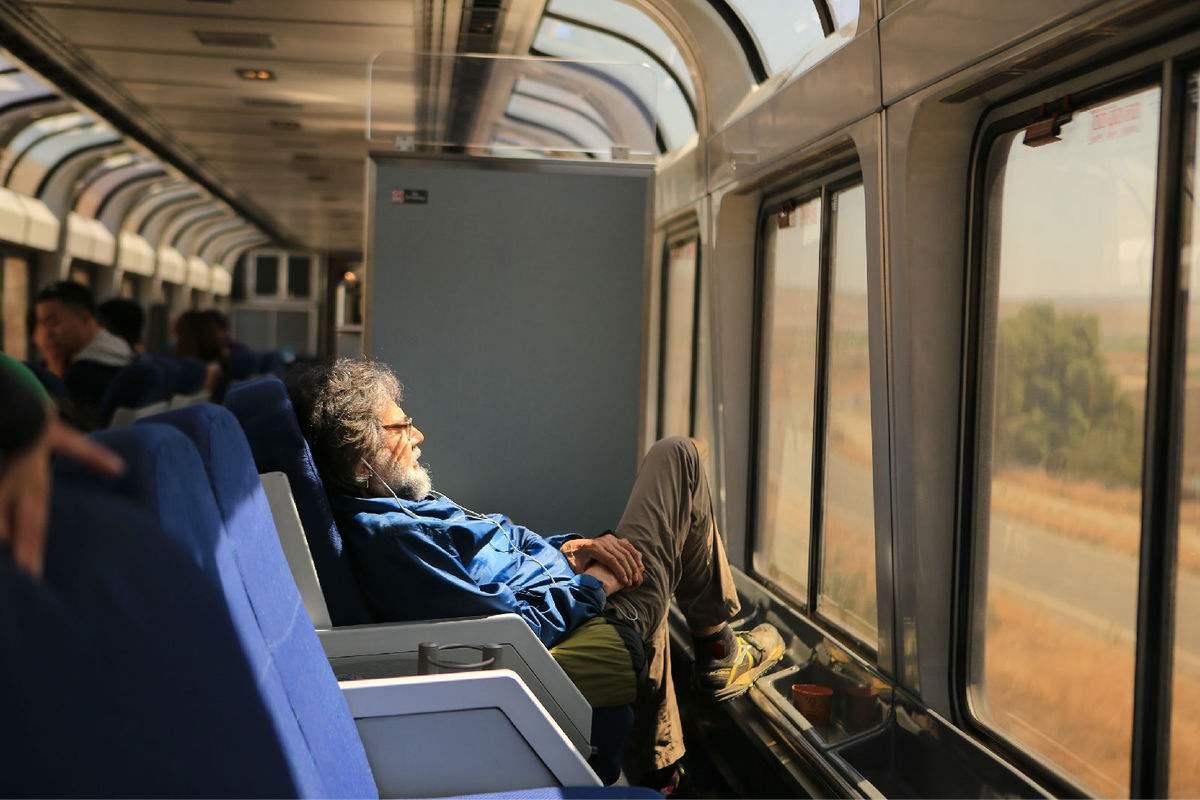 美文欣赏:火车上的故事