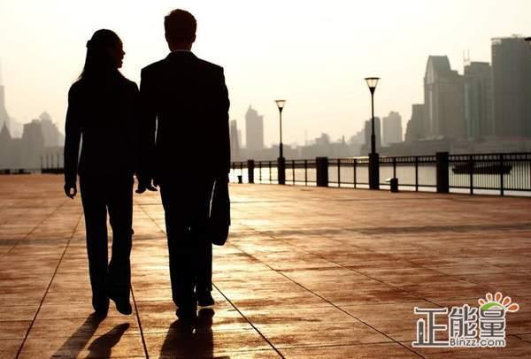 爱情经典语录:愿你遇到那个打破你原则的人