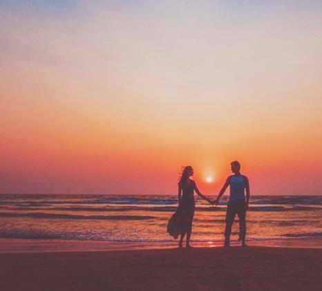想忘记又忘不了的爱情说说伤感语录:抱歉放开你的手,祝你幸福