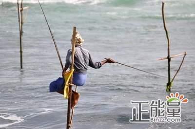 写景作文加勒古城:高跷海钓印度洋