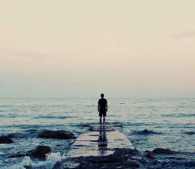 跟全世界说晚安的句子心情说说:换个身份继续爱你