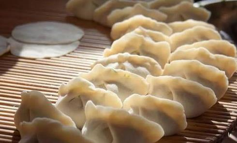 儿时的饺子抒情散文美文欣赏