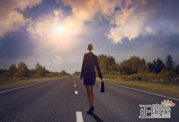 关于人生道路的选择情感文章:余生,愿你我不负时光不负己