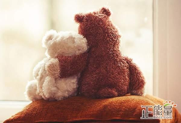 有些爱情想放放不下的伤感语录:遇见你之后我只想对你说情话